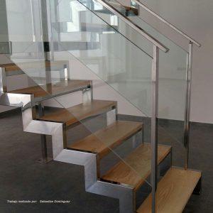 Escalera con peldaños de madera nº 9