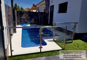 Baranda para piscina en Cristal y Acero Inoxidable – Huelva