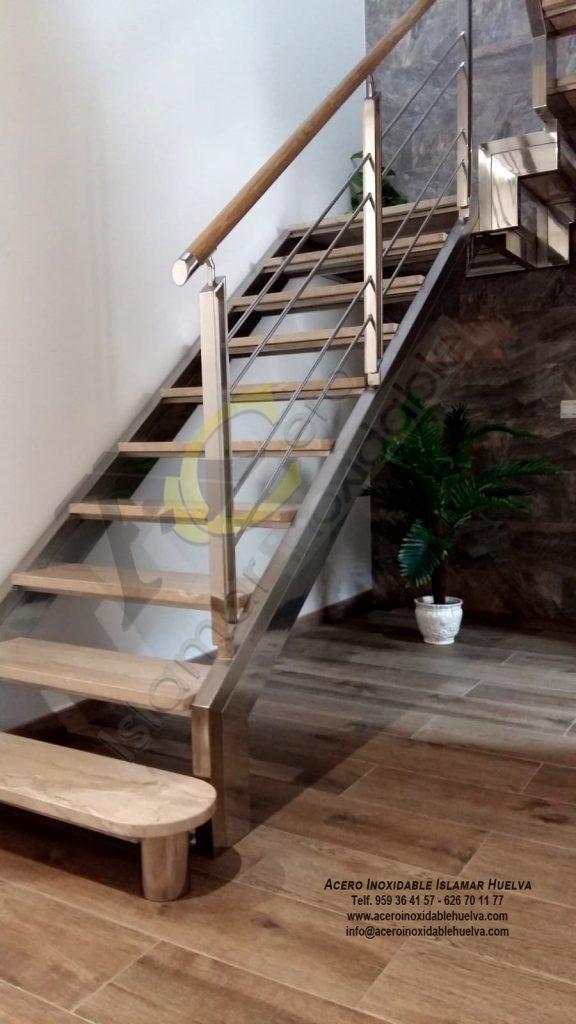 Escalera en Acero Inoxidable-Islamar Huelva.